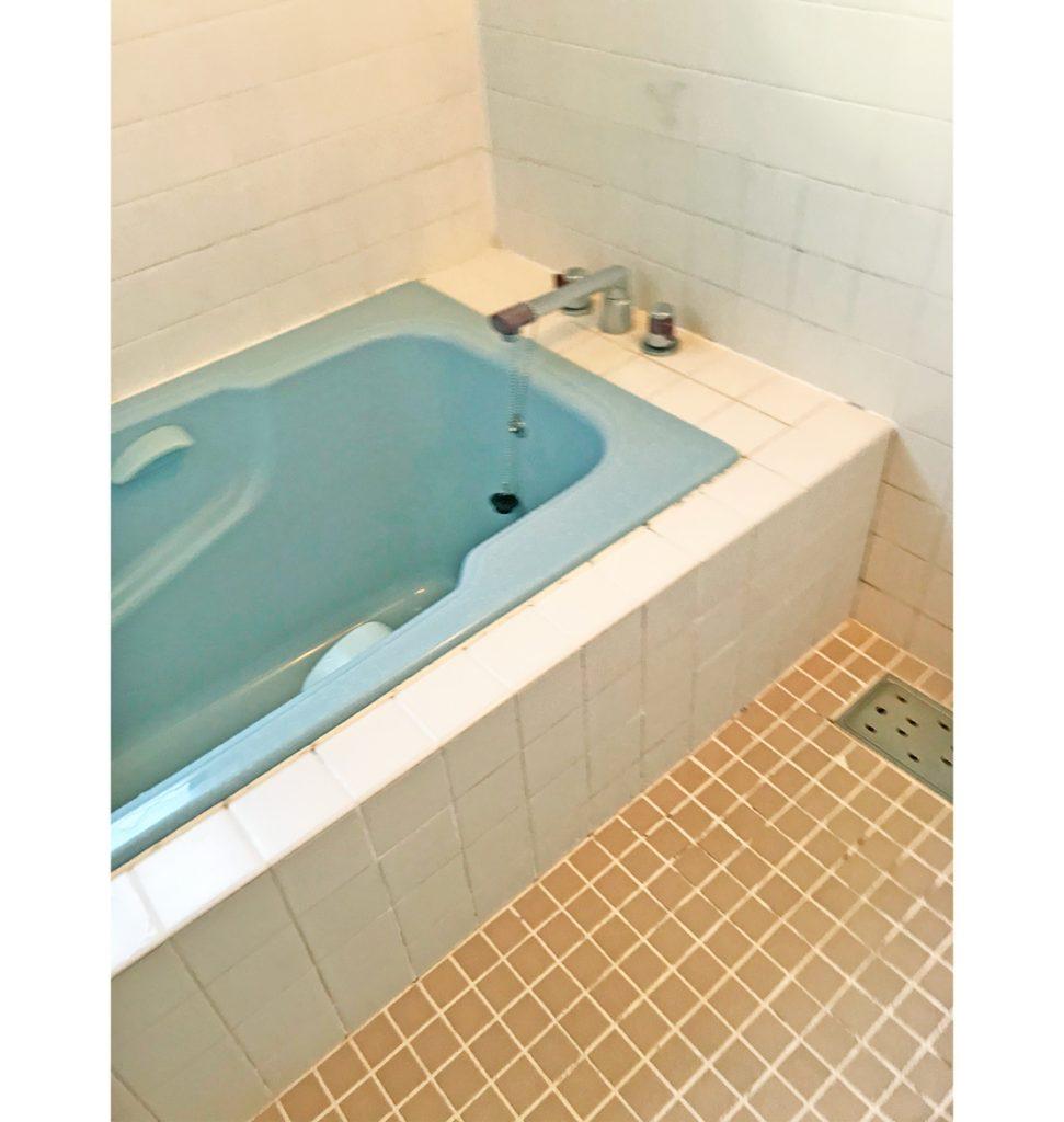 浴槽が深く、出入りも大変だったそうです。 広くて寒いのもご不満になられていました。